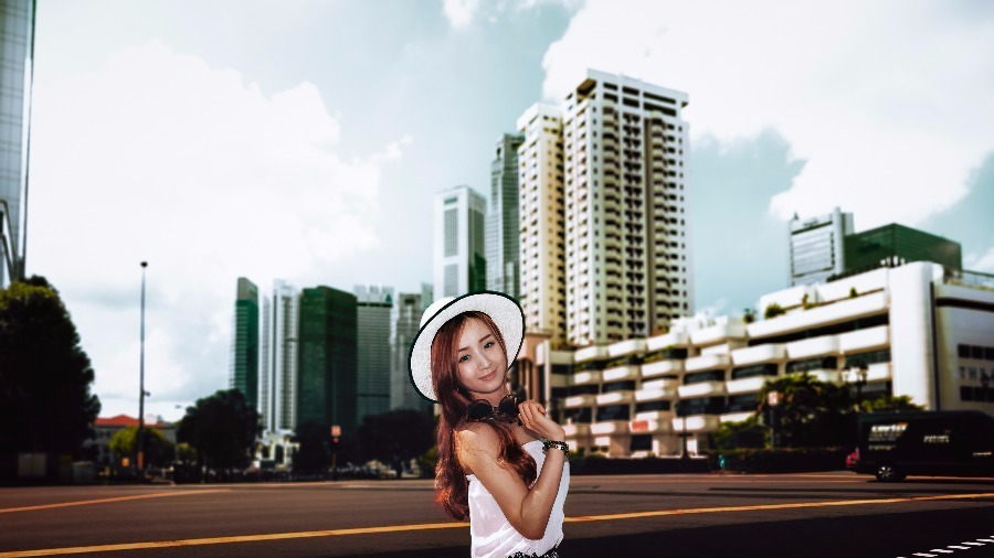 Portrait Shots by HaloMomentsFoto - Urban Garden Lake Gallery Beach Portrait - Recommend.sg